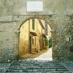 casperia-italy-walkway