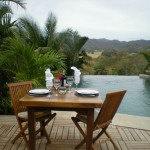 yoga-teacher-training-costa-rica-el-sabanero-dinner-infinity-pool