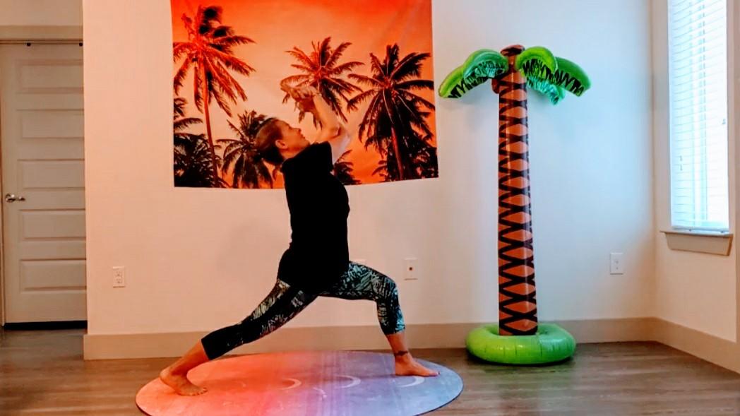 Online Yoga Teacher Training High Lunge